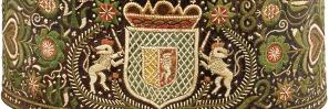 Wappen in Federkielstickerei